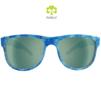 hipster-blue-front-green-12